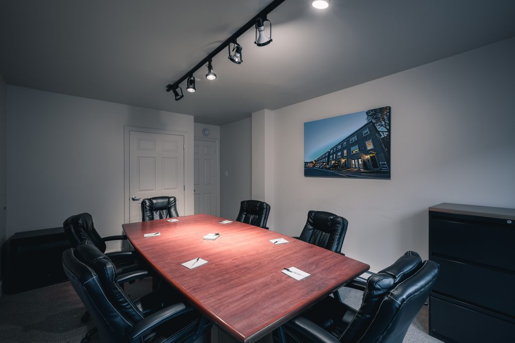 Hometel Meeting Room